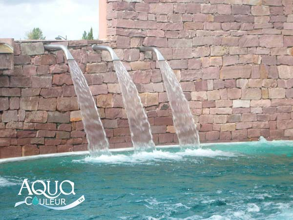Aquacouleur colorant pour piscine sans danger grands for Aquacouleur piscine