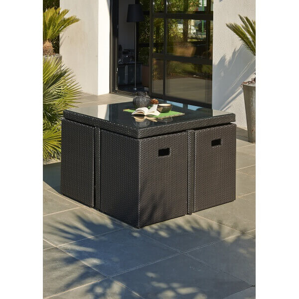 ensemble repas 4 places en r sine tress e noire mypiscine. Black Bedroom Furniture Sets. Home Design Ideas