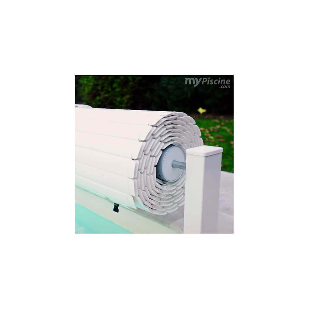 Volet de piscine apf batterie mypiscine for Volet piscine hors sol electrique