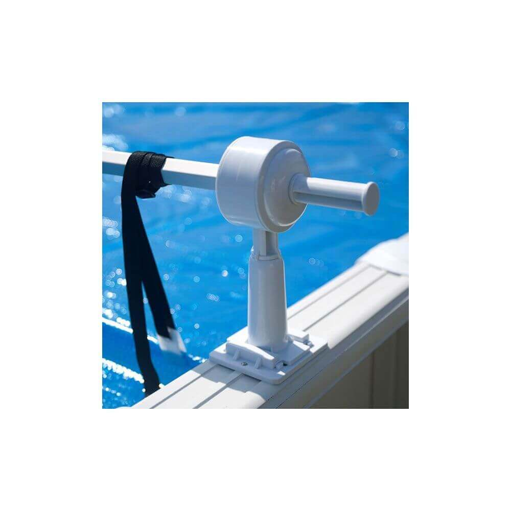 Enrouleur pour piscine hors sol acier et bois mypiscine for Rail pour piscine hors sol