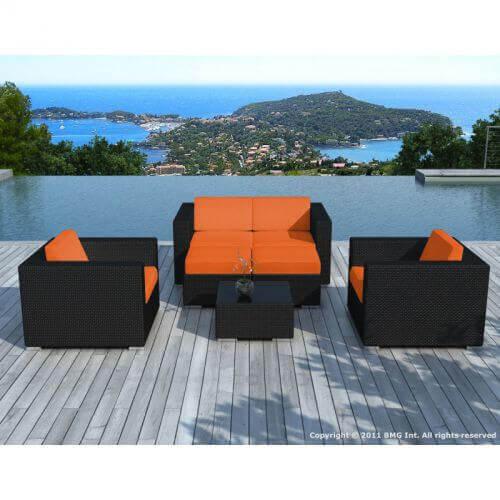 Salon de jardin d\'angle en résine tressée - noir et orange- 6 places