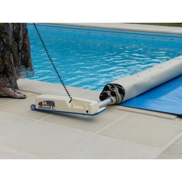 Enrouleur automatique de b che barres droopi 1 mypiscine for Cash piscine enrouleur