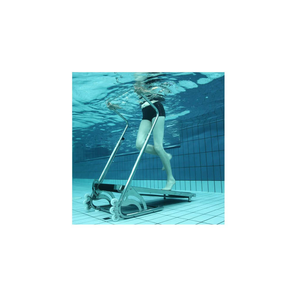 Tapis de course aquatique aquajogg pour piscine mypiscine for Tapis solaire pour piscine