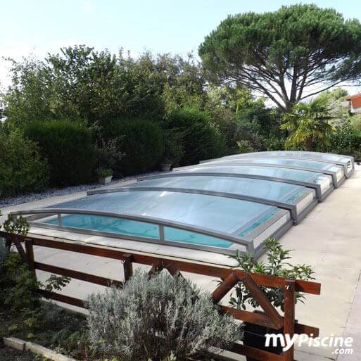 Abri cintr amovible 12 x 5 m plus haut que la plage for Wa conception piscine