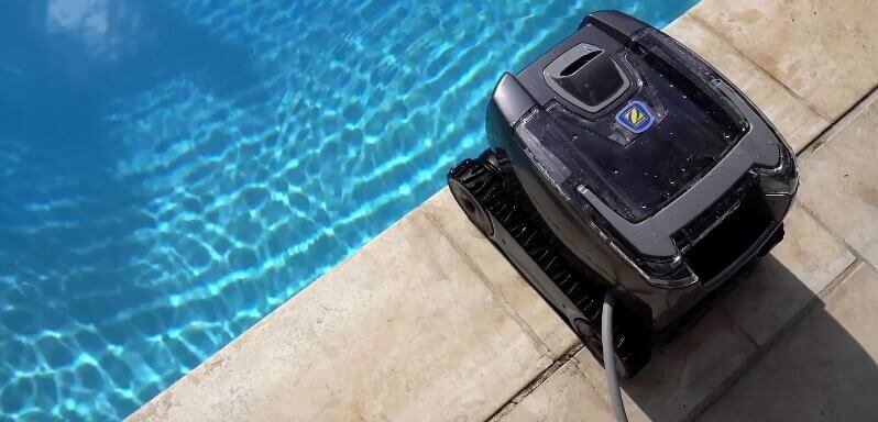 Robot de piscine zodiac tornax ot3200 mypiscine for Robot grande piscine
