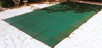 Choisir sa couverture d 39 hivernage de piscine mypiscine for Bache filet hivernage piscine