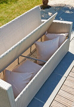 salon de jardin m diterran e confort mypiscine. Black Bedroom Furniture Sets. Home Design Ideas