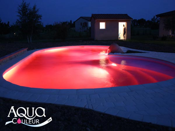Colorant pour piscine sans danger aquacouleur fushia for Aquacouleur piscine