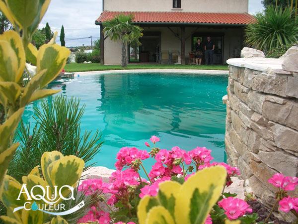 Colorant pour piscine sans danger aquacouleur fushia for Environnement piscine