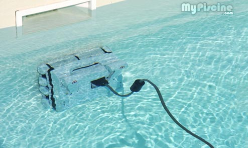 Piece robot piscine free corps robot waterclean sol hj for Robot piscine flamingo
